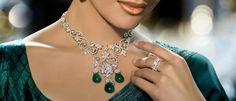 India's fine piece of art Diamond Jewelry, Gold Jewelry, Gold Necklace, Diamond Necklaces, Jewellery, Diamonds And Gold, Indian Jewelry, Art Pieces, Fashion Jewelry