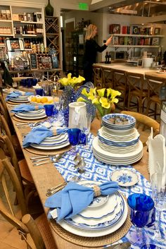 10 Williams Sonoma Shopping Secrets, Straight From an Employee William Somona, Kitchen Items, Kitchen Tools, Kitchen Gadgets, Kitchen Stuff, Electric Skillet Recipes, Cast Iron Recipes, Popsugar Food, Soft Foods