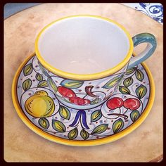 #sberna #art #pottery #ceramics #deruta #madeinitaly #love #handmade #handpainted #handcraft #colours #plate #cup #tea #mug #set #fruit #cherry #lemon #leaves