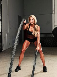 Twelve meters of hard work. Battle Ropes offers fun and versatile strength and conditioning exercises like no other fitness product. Everybody from athletes to fitness novices can experience a dynamic and complete workout in a matter of minutes. Body Fitness, Fitness Tips, Fitness Motivation, Health Fitness, Woman Fitness, Phil Heath, Michelle Lewin, Weight Lifting, Weight Loss