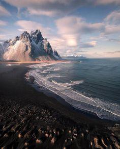 """12.3 mil Me gusta, 102 comentarios - Icelandair (@icelandair) en Instagram: """"Iceland mood  Photo by @arnarkristjans_photography! #MyStopover"""""""