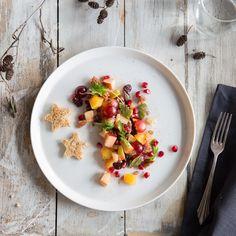 Ein gelungener Auftakt - beindrucke deine Gäste mit Wintersalat mit Granatapfel, Mandarine und Trauben
