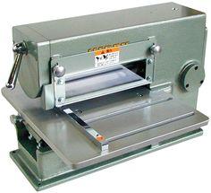 Strap cutting machine (Slitter machine ), NIPPY KIKAI CO., LTD.