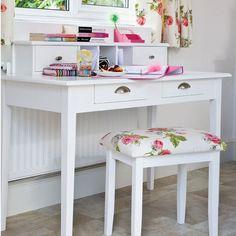 Lindo y pequeño espacio ...linda combinación.....