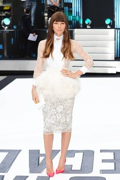 Jessica Biel Gorgeous in a fashion forward white Giambattista Valli Couture beaded and lace ensemble with a feather peplum and neon pink pumps.