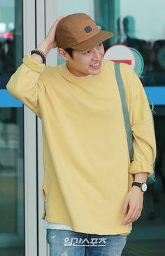 Korean Drama Movies, Korean Actors, Kang Haneul, The Big Boss, Kdrama Actors, Drama Korea, Lee Min Ho, Netflix, Pop Group
