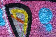 Graffiti sind allgegenwärtig. Fundstücke von einer Reise nach Istanbul: Ein Klick auf den richtigen Ausschnitt ergibt attraktive abstrakte Farbkompositionen... Graffiti, Istanbul, Symbols, Art, Musical Composition, Voyage, Neckline, Art Background, Kunst