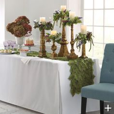 I don't even own a square cornered table, but the idea of a 'fitted' tablecloth is taking root!