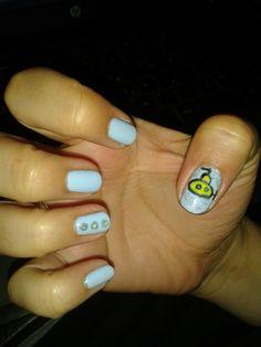 Νύχια στα χρώματα της βάφτισης και ζωγραφισμένο υποβρυχιάκι. Yellow Submarine, Nails, Beauty, Finger Nails, Beleza, Ongles, Nail, Cosmetology, Manicures