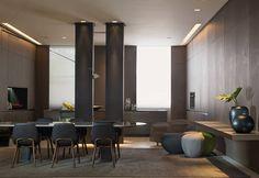 Experiência Ornare - João Armentano. Duas escolhas orientam o projeto: paredes revestidas com painéis em madeira e móveis camuflados, como armários de cozinha, estantes da sala de jantar e a mesa do home office. O revestimento cinza no piso reforça o aconchego e o conceito de integração.