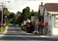 Travel and Lifestyle Diaries: Eastern Townships (Cantons-de-l'Est), Canada: An Espresso Stop at Danville