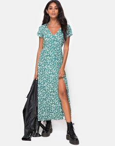 e94330939725 Sanrin Midi Dress in Floral Field Green by Motel