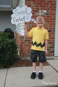 Charlie Brown Boy DIY Halloween Costume Idea - Only a yellow shirt and black… Story Book Costumes, Storybook Character Costumes, Movie Character Costumes, Character Dress Up, Storybook Characters, Teacher Halloween Costumes, Boy Halloween Costumes, Boy Costumes, Christmas Costumes