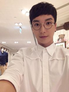 Leeteuk - Super Junior
