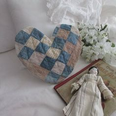 Mat 10, Blues, Quilt Display, Primitive Country, Quilted Pillow, Country Decor, Throw Pillows, Decorating, Quilts