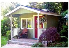tuff shed | This one is a Tuff Shed - all done up like a little house: