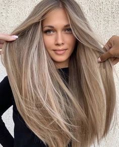 Balayage hair style ideas– Just Trendy Girls: Blonde Hair Looks, Brown Blonde Hair, Light Brown Hair, Brownish Blonde Hair Color, Dark Blonde Hair With Highlights, Beige Hair Color, Carmel Blonde Hair, Perfect Blonde Hair, Lightest Brown Hair Color