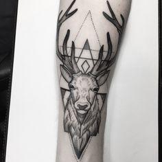 Docelowy Tattoos 3d, Taurus Tattoos, Animal Tattoos, Body Art Tattoos, Hand Tattoos, Sleeve Tattoos, Tattoos For Guys, Elk Tattoo, Wrap Tattoo