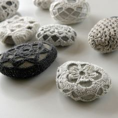 crochet stones...Ummm, WHY? Who has time to waste on useless stuff like this?