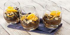 Avocado-Mousse au Chocolat mit Orangensalat und Mandeln