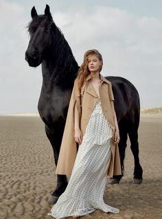 That horse!!  Harper's Bazaar UK - July 2016-41