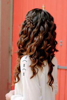 big curls, bridesmaid hair, wavy hair, braid, goddess hair