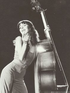 kate bush - when she dances with the upright bass like it's a magical lover. Sound Of Music, Music Love, Music Music, Rock Music, Photography Movies, Double Bass, Female Singers, Celebs, Celebrities