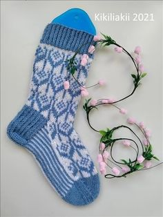 Kikiliakii neuloo - Vuodatus.net - Socks, Flowers, Fashion, Moda, Fashion Styles, Sock, Stockings, Royal Icing Flowers, Fashion Illustrations