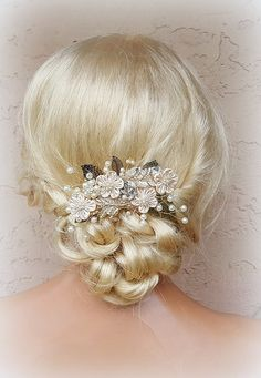 Check out this item in my Etsy shop https://www.etsy.com/listing/277006260/bridal-hair-comb-wedding-comb-decorative