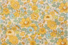 Liberty tana lawn printed in Japan - Betsy Beach - Yellow mint mix