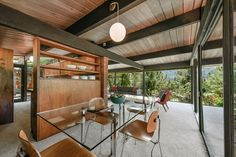 Mid Century Home in California by Roger Lee - dining area #vintagemodernhome