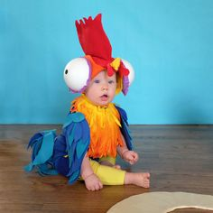 """I am Moanaaa!"" is Fox's favorite line from one of our favorite Disney movies. It's way better than that ""great commercial called ICE"" as… Disney Costumes For Kids, Baby Halloween Costumes, Baby Costumes, Fall Halloween, Halloween Ideas, Halloween Party, Halloween Makeup, Hey Hey Moana, Moana Chicken"