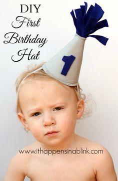 DIY Felt First Birthday Hat  |   www.ithappensinablink.com  |  #birthday #firstbirthday #partyhat