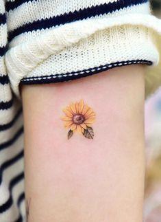 Sunflower Tattoo Shoulder, Sunflower Tattoo Small, Sunflower Tattoos, Sunflower Tattoo Design, Forarm Tattoos, Bff Tattoos, Mini Tattoos, Cute Tiny Tattoos, Pretty Tattoos