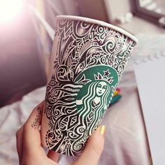 Awesome Starbucks cup art again by Kristina Webb Starbucks Cup Design, Starbucks Art, Starbucks Coffee, Coffee Cup Art, Coffee Love, Coffee Coffee, Kristina Webb Art, Copo Starbucks, Arte Sketchbook