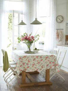 Cozy Romantic Cottage Kitchen