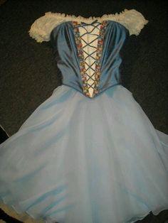 """Giselle"" Costume by Heather Lerma Cute Dance Costumes, Tutu Costumes, Ballet Costumes, Costume Ideas, Ballerina Dress, Ballet Tutu, Ballet Dance, Ballet Class, Dance Dreams"