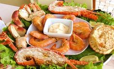 Fish and Shellfish from Atlantic waters make for a delicious mix of flavours. Portuguese Recipes, Portuguese Food, Portugal, Bistro Food, Fresh Lobster, Fish And Seafood, Great Recipes, Recipe Ideas, Tasty Dishes