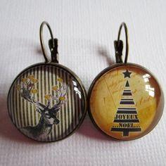 """Boucles d'oreilles dormeuses """"noël or et noir"""", cabochon bronze, bijou fantaisie"""