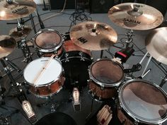 DW Studio drum set-SIMILAR TO THE SET THAT I JAM ON AT THE LOCAL 47 IN LA.