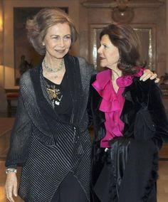 Doña Sofía y Silvia de Suecia, cena de reinas en el palacio de la Zarzuela #queen #royals #royalty