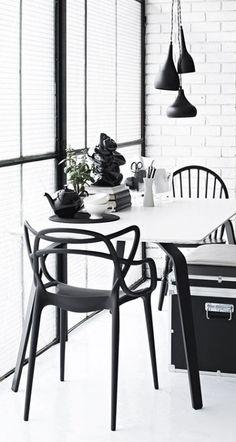 urbnite:Kartell Masters Chair