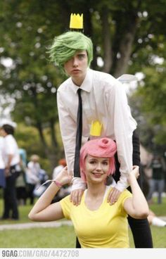 Cosmo and Wanda cosplay from The Fairly Oddparents. They even have the crowns!