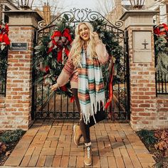 I'm not ready to let go of Christmas or my decorations ❄❤!! Whose with me?! There's a NEW post on Blush & Camo and I'm sharing the 30 cutest pieces from the @nordstrom Half Yearly SALE