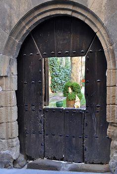 abriendo-puertas:    Basque Country. Spain. By Luis Gonzalez
