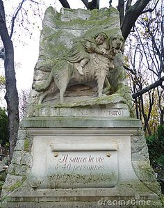 pet cemetery in Paris, France | paris dog cemetery paris france the celebrated parisian cemeteries of ...