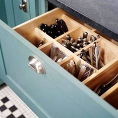 Vertical Utensil Drawer - Top 58 Most Creative Home-Organizing Ideas and DIY Projects