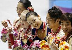 With Akiko Suzuki(JAPAN),Elena Radionova(Russia),Mao Asada(JAPAN) and Nobunari Oda(JAPAN)