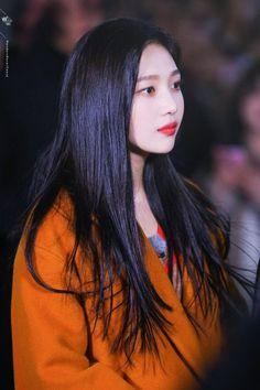 Kpop Girl Groups, Korean Girl Groups, Kpop Girls, Seulgi, Asian Woman, Asian Girl, Red Valvet, Red Velvet Joy, Black Velvet