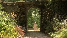 myhouseinumbria_garden_gate by sweetsundaymornings, via Flickr